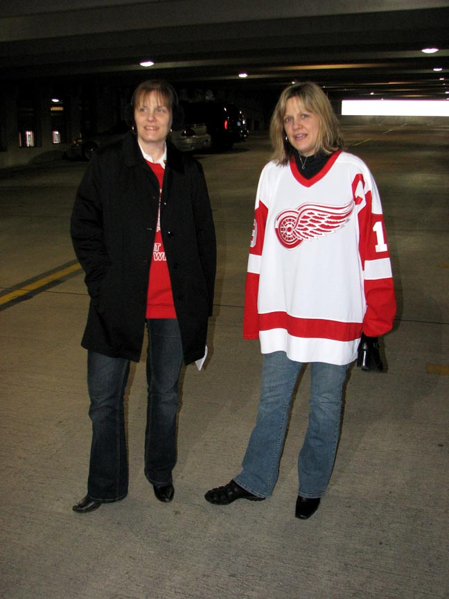 gal/2008/2008-04-10_-_Detroit_Red_Wings_vs._Nashville_Predators,_Joe_Louis_Arena_(W_3-1)/IMG_5355.jpg